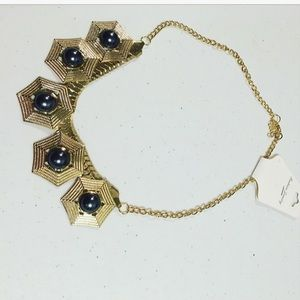 Jewelry - Gold Tone Statement Necklace W/Faux Black Pearls